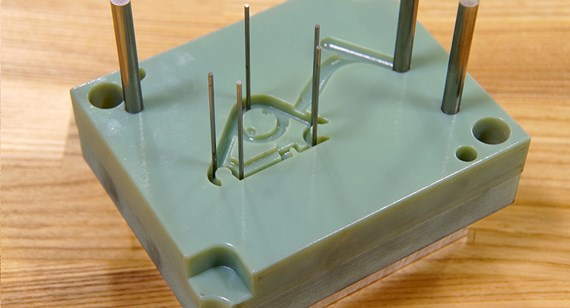 3D-printed molds with metal ejector plate and pins